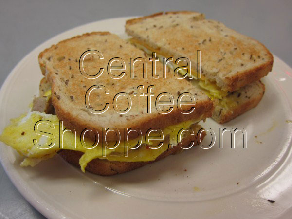 central-coffee-shoppe-st-petersburg-fl-breakfast-egg-sandwich-with-sausage-00
