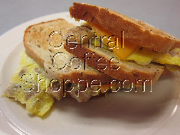 central-coffee-shoppe-st-petersburg-fl-breakfast-egg-sandwich-with-sausage-03