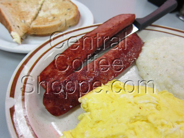 central-coffee-shoppe-st-petersburg-fl-breakfast-smoked-sausage-eggs-04